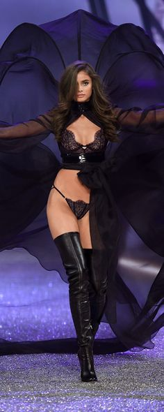 Talk about costume drama! Taylor Hill stuns on the runway. | Own The Look: Victoria's Secret Fashion Show