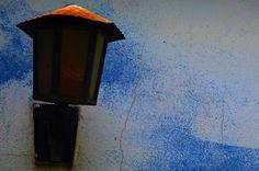 """Olhares do avesso: Levante sem pele """"Olhos brilham embriagados de lembranças na última fileira dos pensamentos levanta as mãos a esperança"""" """"Eyes shine drunken memories the last row of thoughts raises his hands hope """" #poesia #poetry #olhos #eyes #brilho #shine #embriagados #drunken #lembranças #memories #row #fileira #esperança #hope #uta #shi #shige #kavita #gedicht #poesie #poet #poeta"""