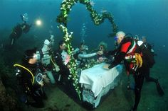 The largest wedding underwater and more wild wedding records! (Guinness World Records) When Brittan and Katie get married