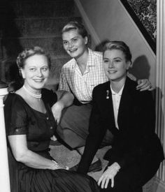 Grace Kelly at her childhood home in Philadelphia with her mother, Margaret, and younger sister Lizanne, 1954