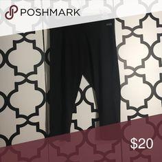 Corp leggings/yoga pants Capri pants leggings/yoga pants pink Victoria's Secret  #0011 #0012 PINK Victoria's Secret Pants Leggings