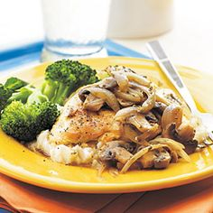 This Mushroom-Herb Chicken recipe features flavorful herbs and spices, sherry, shallots, and mushrooms that give plain chicken breasts rich flavor. 5 Ingredient Chicken Recipe, Paleo Dinner, Dinner Recipes, Dinner Ideas, Chicken Mushroom Recipes, Chicken Mushrooms, Mushroom Sauce, Cooking Recipes, Healthy Recipes
