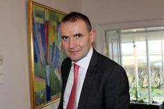 "Iceland's President Gudni Johannesson said he fainted and broke his nose while taking a hot bath. But the president of the least populous nation on earth said he is now feeling fine despite that he also hit his forehead during the doomed bath. ""A warm and cosy bath last night turned out to be too hot and cosy,"" the 49-year-old academic said in a Facebook post on Thursday."