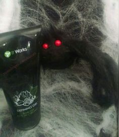 Defining Gel! I use this for so many things. Help tighten and moisturize my skin, bee stings, bug bites, sunburns, burns. Also great for varicose veins! How do you order? By going to momdraper.itworks.com