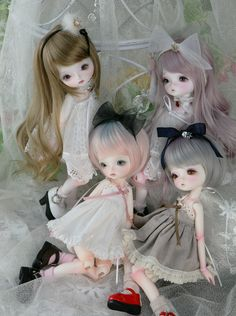 https://flic.kr/p/hGaLTK | Leeke World Mini and Chloe | #BJD Leeke World Mini and Chloe. t.cn/8k7GHKo