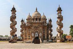 Mahabat (pas Mohabbat) Maqbara Palais, également Mausolée de Bahaduddinbhai Hasainbhai, mausolée de Junagadh, Inde, qui était autrefois la maison pour les nababs de Junagadh.