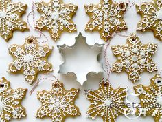I love decorating the tree with edible ornaments! These snowflake cookies were made using my gingerbread cookie recipe, which you can find here.  -- The snowflake cookie cutter that I used for this project is available at AnnClarkCookieCutters