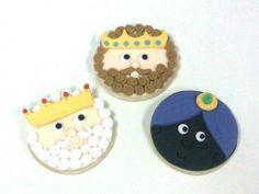 Nuestras galletas de los Reyes Magos!!  Ya vienen los Reyes Magos, ya vienen los Reyes Magos, caminito de De Dulce, Olé Olé y Olé...