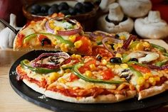 Creative Ideas for Homemade Vegetarian Pizza #pchtips
