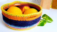 Una nueva técnica de crochet: trapillo y lana! Tutorial paso a paso cesto o canasta a crochet (ganchillo). Descubre más tutoriales de crochet paso a paso en:...