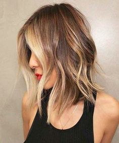Beautiful Brown to Blonde Ombre Short Hair. If you're curious about the perfect blend of brown to blonde color transitions and the incredible harmony of. Blonde Ombre Short Hair, Reverse Ombre Hair, Brown To Blonde Ombre, Short Dark Hair, Ombre Hair Color, Ombre Bob, Short Ombre, Medium Blonde, Hair Colors