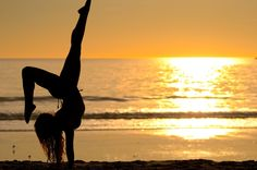 Three Favorite things; Summer. Dance. Sunsets.(: