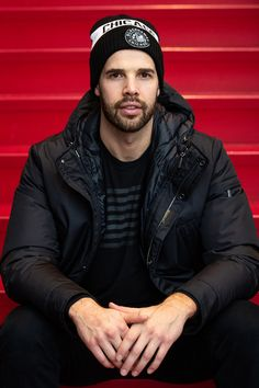 Happy Birthday, Corey Crawford! 🎂🎉🎁 Corey is wearing the #WinterClassic Knit Cuff ($25). This hat can be purchased at the #BlackhawksStore or over the phone at 312-759-0079. Blackhawks Store, Blackhawks Hockey, Chicago Blackhawks, Corey Crawford, Stanley Cup Champions, Die Hard, Hockey Players, Ice Hockey, Crow