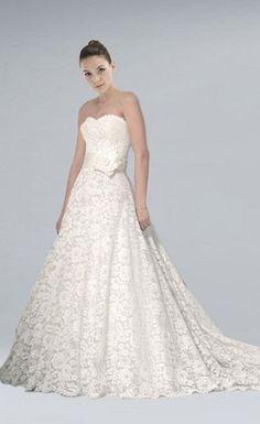 Splendid A-line Chapel Train Lace Wedding Dress