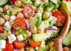 Chickpea Salad is loaded with crispy cucumbers, juicy tomatoes, creamy avocado, and feta cheese. The fresh lemon dressing on this chickpeas salad . Make Ahead Salads, Healthy Salads, Healthy Recipes, A Food, Good Food, Chickpea Salad Recipes, Greek Salad, Bean Salad, Meal Prep Containers