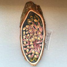 Wood slice with an original drawing of a van Inkspirednl op Etsy