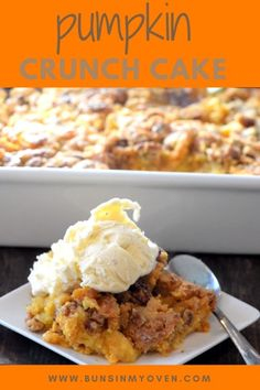Pie Recipes 123356477278733107 - Pumpkin crunch cake – this starts with a pumpkin pie mixture and gets topped off with a crunchy cake topping full of pecans and butter! The perfect fall recipe! Source by bunsinmyoven Pumpkin Crunch Cake, Pumpkin Dessert, Pumpkin Spice, Pumpkin Butter, Pumpkin Pumpkin, Pecan Pumpkin Pie, Pumpkin Crisp, Pumpkin Drinks, Pumpkin Pie Cupcakes