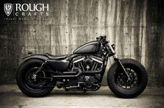 harley-davidson-sportster-iron-883-iron-guerilla-custom-by-rough-crafts-01