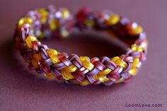 How to Make a Small Basket Weave Bracelet on the Rainbow Loom