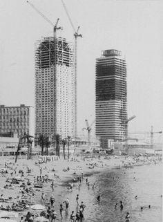 Construcció Hotel Ars i Torre Mapfre. Port Olîmpic, Barcelona 1991.