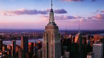 La ligne d'horizon de New York , l'un des paysages 🗽 les plus emblématiques du monde.    #NYC #NewYork #USA #etatsunis #cityscape #voyage #escapade #travel #trip #merveille  #tripadvisor #voyageexpert #paysage #wanderlust #viator #getaway #tourisme #decouverte #bucketlist #vacances #holidays #amazingdestination
