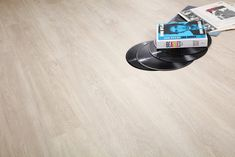 Underfloor Heating, Living Room Kitchen, Vinyl Flooring, Contemporary Interior, Wood Grain, Plank, Interior Styling, Frost, Tile Floor