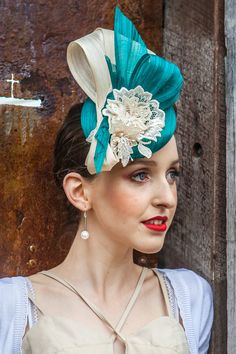 Julie Casey Millinery - is mage using a beautiful Jade green Silk abaca beret base with cream lace flower trim