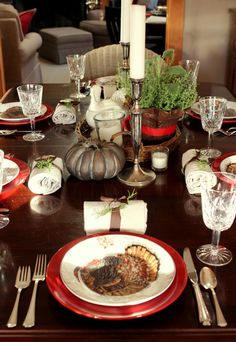 Thanksgiving table with williams sonoma plymouth plates and red accents