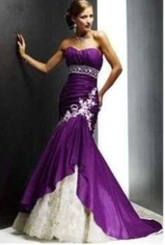 mermaid strapless #purple wedding dress perfection.. not a puffy, cliche wedding dress <3