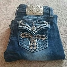 Miss Me jeans Miss me dark wash back pocket cross design bootcut jeans. Tag says 34 inch inseam measures more like 33 Miss Me Jeans