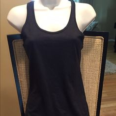 Nike Dri-Fit Tank Great condition. 26x13 Nike Tops Tank Tops