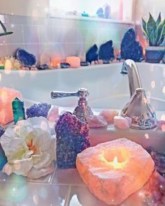 Trying a different New Moon ritual tonight: a crystal infused bath - thanks to a suggestion from Altar, Kitchen Witch, Crystals And Gemstones, Stones And Crystals, Bath Crystals, Reproduction Photo, Crystal Bedroom, Spiritual Bath, New Moon Rituals