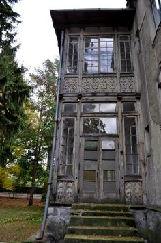 VILLA ANNA, Zeromski St, Konstancin-Jeziorna, Piaseczno County, Masovian Voivodeship, Poland. Micoley's picks for #AbandonedProperties www.Micoley.com