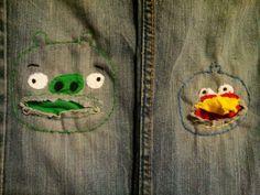 Een kapotte broek opvrolijken met angry bird en bad piggie