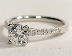 Just needs to be a princess cut diamond and it would be nothing short of amazing.