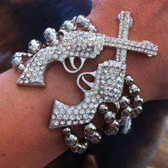 Pistol bracelet! I want this!!