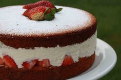 Strawberry Cream Cake using Whipped Cream Charger