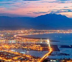 Đà Nẵng nằm trong top 20 thành phố sạch nhất thế giới ♥    Thành phố du lịch Đà Nẵng càng thêm hấp dẫn du khách với thông tin mới được công bố: Đà Nẵng nằm trong top 20 thành phố trên thế giới được công nhận và vinh danh là thành phố có không khí sạch bởi lượng carbon thấp nhất.     Tham khảo 10 địa danh không thể bỏ qua khi đến Đà Nẵng: http://www.ivivu.com/blog/2012/07/10-dia-danh-khong-nen-bo-qua-khi-den-da-nang/    Khách sạn…