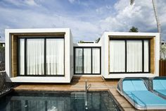 Small House On The Beach by VaSLab Architecture CasadelaFlora - Two bedrooms solarium private pool