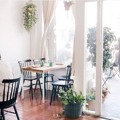 Love this shot of our cafe by @katrynes