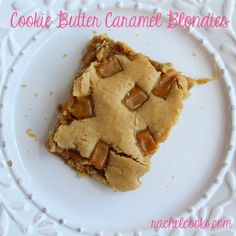 """Caramel Biscoff Blondies -""""Have you tried cookie butter yet? Same thing–different names–all amazing. Biscoff Cookie Butter, Biscoff Cookies, Desserts To Make, Delicious Desserts, Yummy Food, Yummy Yummy, Biscoff Recipes, Baking Recipes, Dessert Recipes"""