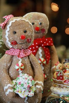 Sparkly Gingerbread Couple