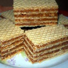 Kipróbált Grillázs csemege recept egyenesen a Receptneked. Hungarian Desserts, Romanian Desserts, Romanian Food, Hungarian Recipes, Mini Desserts, Cookie Desserts, Cookie Recipes, Dessert Recipes, Waffle Cake