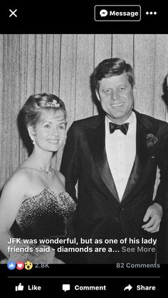 Pair of elaborate diamond ear pendants gifted to Debbie Reynolds by her second husband Harry Karl. John Kennedy, Les Kennedy, Classic Hollywood, Old Hollywood, Hollywood Glamour, Hollywood Stars, Debbie Reynolds Carrie Fisher, The Unsinkable Molly Brown, World History
