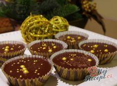 Nejlepší recepty na nepečené cukroví – varianty a různé druhy | NejRecept.cz Hungarian Recipes, Christmas Cooking, Mini Cupcakes, Muffin, Food And Drink, Cookies, Baking, Drinks, Breakfast