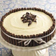 Elegant Eggnog Dessert - really a cheesecake with eggnog and Pirouette cookies. Looks sooooooo impressive and tasty! Holiday Desserts, Holiday Baking, Christmas Baking, Just Desserts, Holiday Recipes, Delicious Desserts, Dessert Recipes, Elegant Christmas Desserts, Christmas Recipes