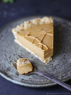 A deliciously smooth and creamy pie that combines the richness of peanut butter with the lovely flavor of sweet potatoes. Peanut Recipes, Banana Recipes, Lemon Recipes, Pie Recipes, Dessert Recipes, Cool Whip Cheesecake Recipe, Gluten Free Cheesecake, Vegan Sweet Potato Pie, Vegan Recipes