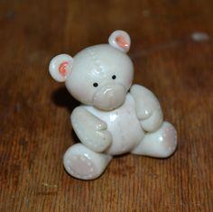 osito de porcelana fria, modelado a mano