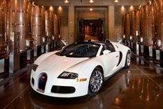 Pics Aplenty: Gettin' bacchus with the Bugatti Veyron Grand Sport ...