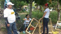 Más de 120 voluntarios de La Curacao se unieron para la construcción de viviendas de emergencia en la comunidad en conjunto con los pobladores y la organización TECHO. Los voluntarios trabajaron en equipo con las familias que allí residen, en la instalación de pisos, paredes, ventanas y techos. #Honduras